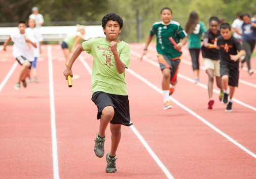 Christian Duarte of Washington Elementary School sprints toward the finish