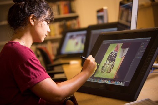 Art major Briana Stanley works in the new Cintiq lab