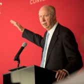 Gergen Examines Reagan, Leadership