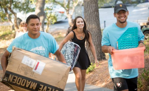 New students move into their residence halls Thursday morning